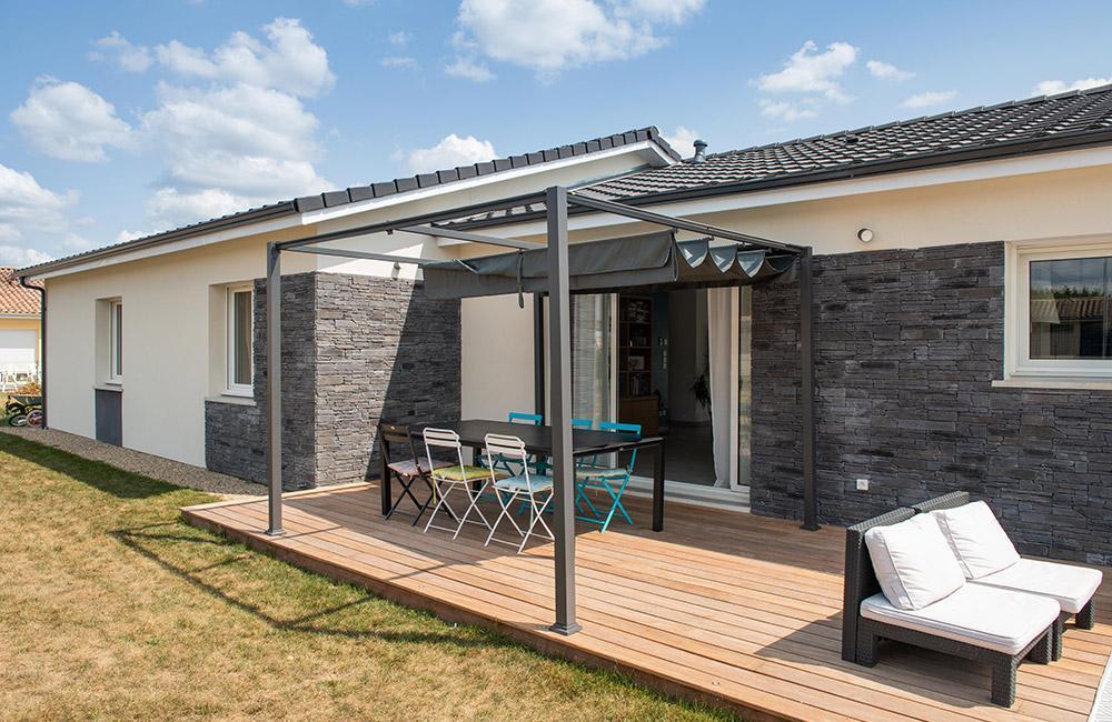 Maisons du constructeur ESQUISS BEAUZELLE • 110 m² • GRENADE