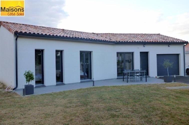 Maisons du constructeur MAISONS COTE SOLEIL 66 • 90 m² • LE BARCARES