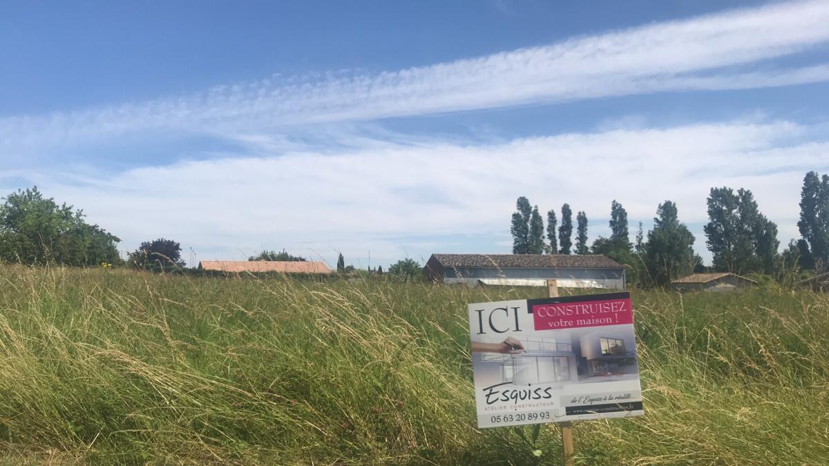 Terrains du constructeur ESQUISS AUCAMVILLE • 680 m² • LABASTIDE SAINT SERNIN