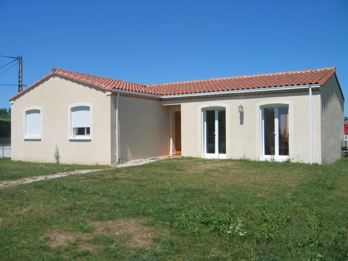 Maisons du constructeur ESQUISS AUCAMVILLE • 100 m² • LAPEYROUSE FOSSAT