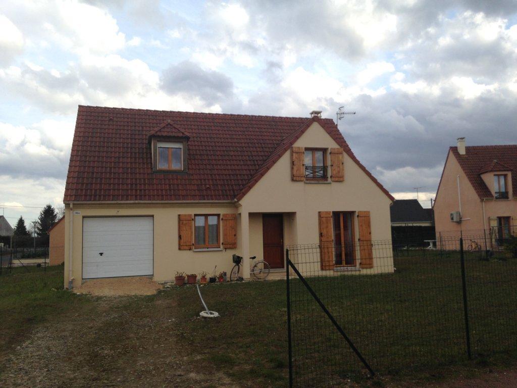 Maisons du constructeur MAISONS PIERRE • 128 m² • RIS ORANGIS