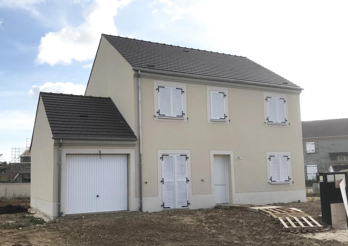 Maisons du constructeur MAISONS PIERRE • 110 m² • BALLANCOURT SUR ESSONNE