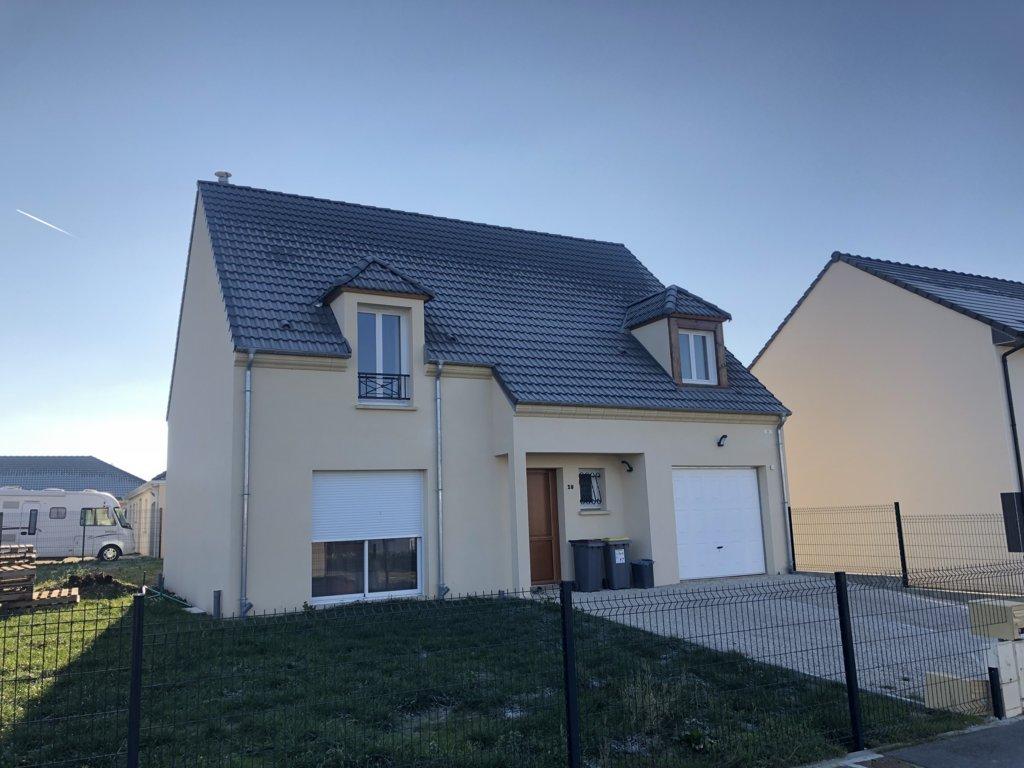 Maisons du constructeur MAISONS PIERRE • 132 m² • SECLIN