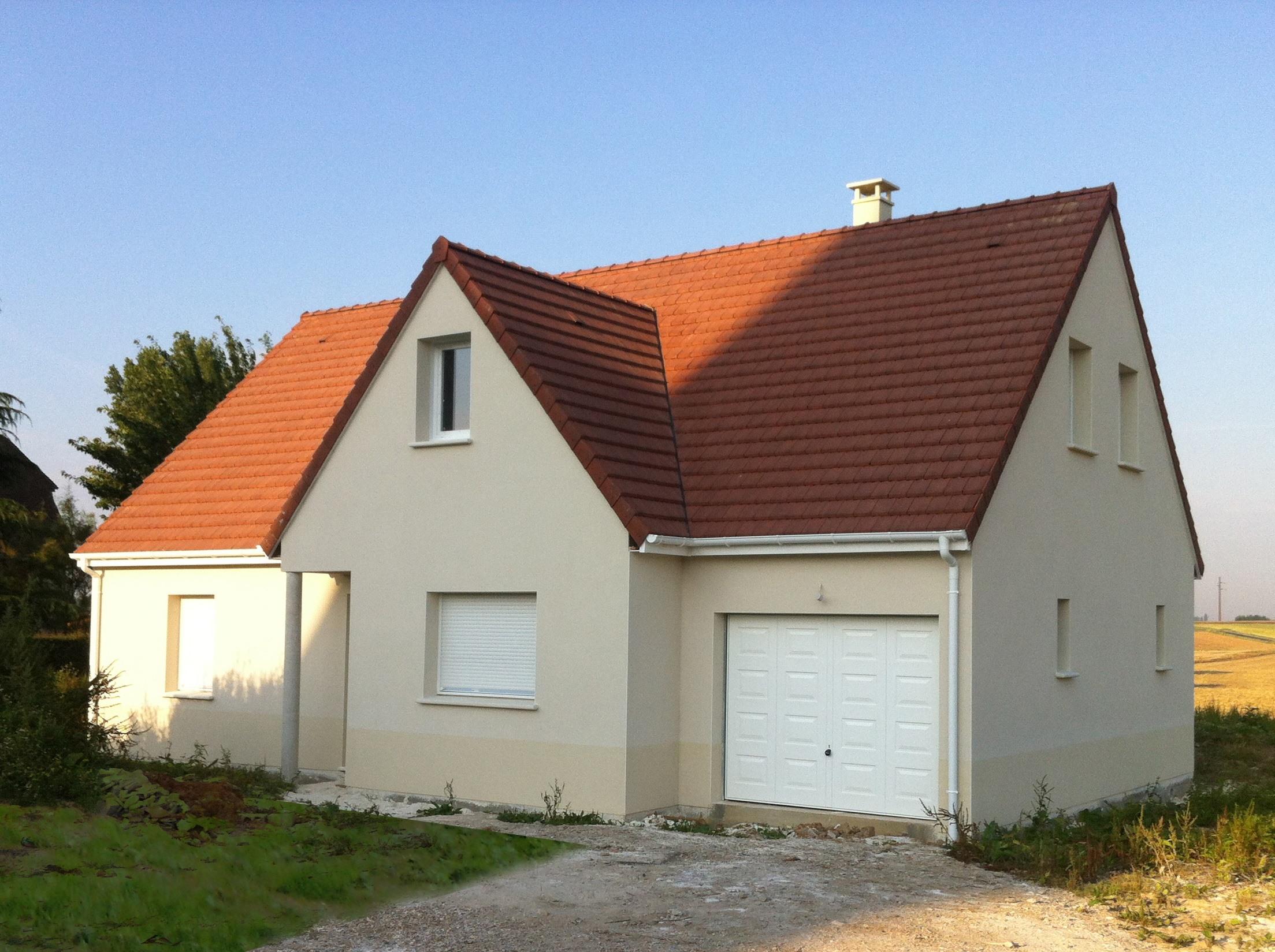 Maisons + Terrains du constructeur MAISON FAMILIALE • 100 m² • HEUDEBOUVILLE