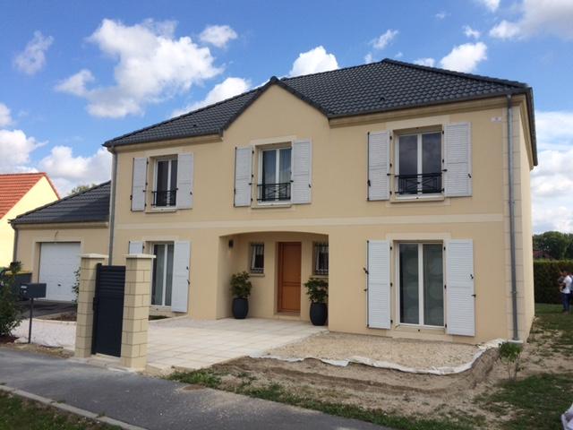 Maisons du constructeur MAISONS PIERRE • 152 m² • CHATEAU THIERRY