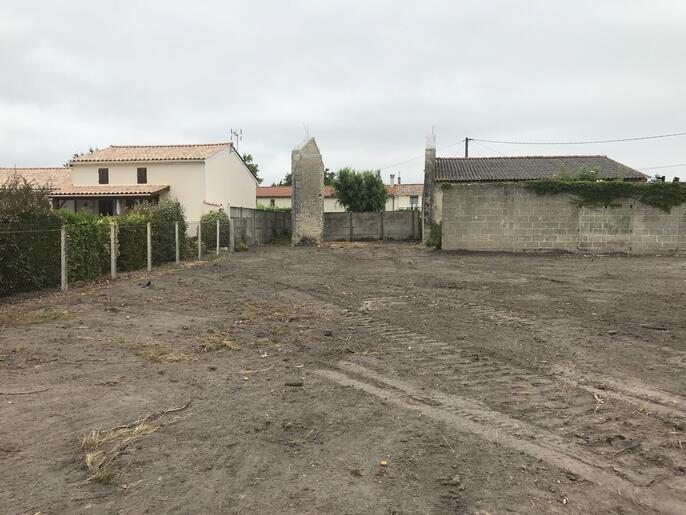 Terrains du constructeur COULEUR VILLAS - AGENCE BLANQUEFORT • 407 m² • PAREMPUYRE