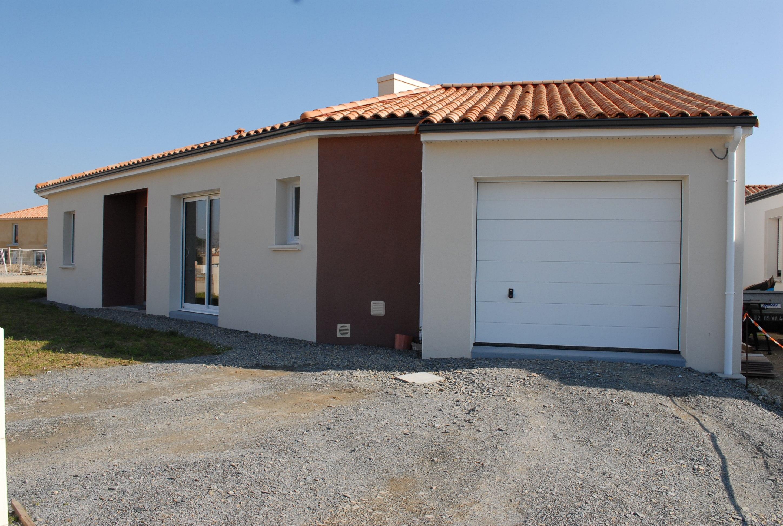 Maisons + Terrains du constructeur MAISON FAMILIALE LA ROCHE-SUR-YON • 93 m² • SAINT VINCENT SUR JARD