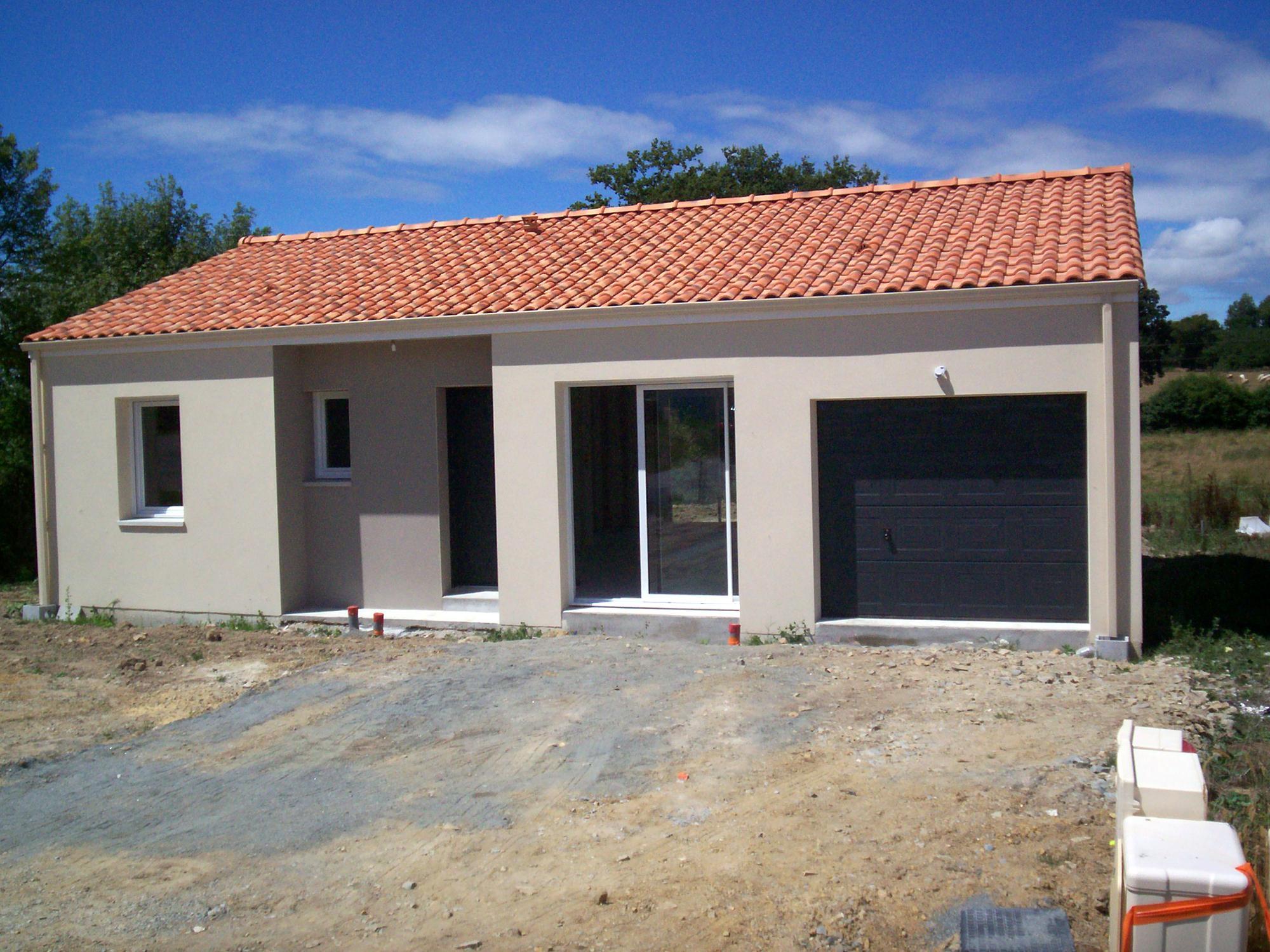 Maisons + Terrains du constructeur Maisons Phénix La-Roche-Sur-Yon • 86 m² • LONGEVILLE SUR MER