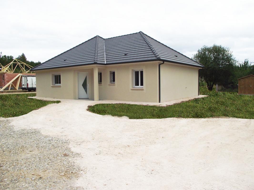 Maisons + Terrains du constructeur MAISONS ALIENOR - AGENCE DE BRIVE • 75 m² • USSAC