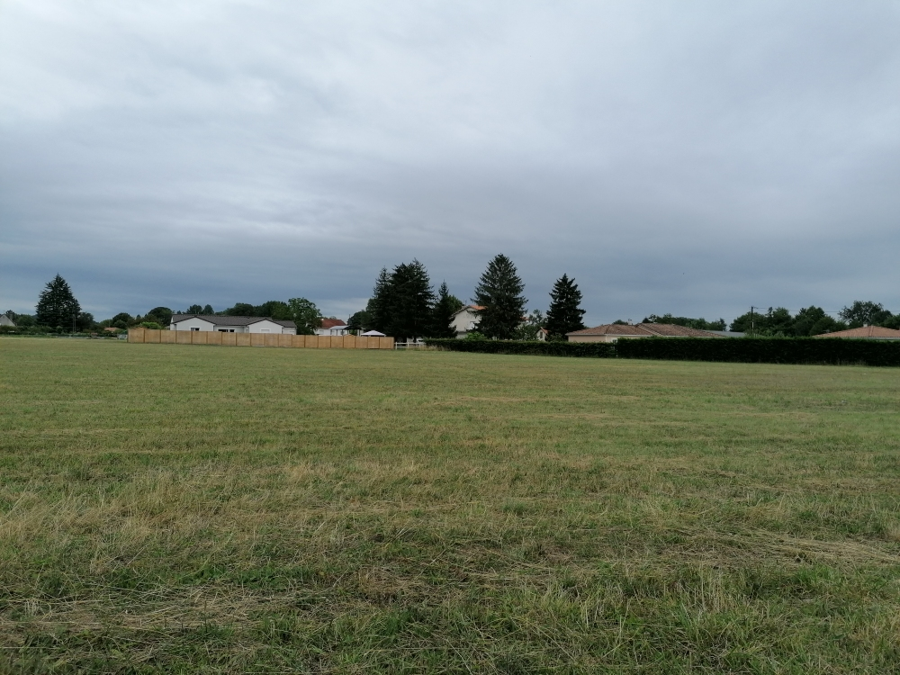 Terrains du constructeur MAISONS ALIENOR - AGENCE DE BERGERAC • 1600 m² • BERGERAC