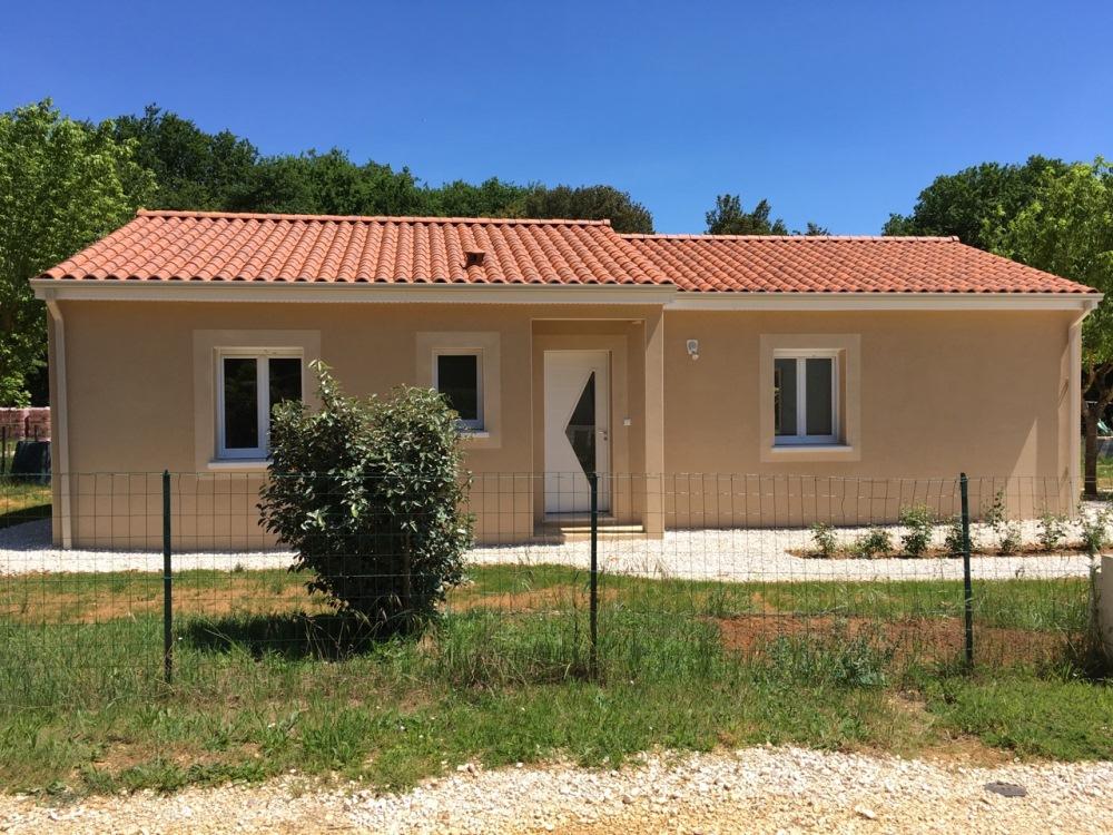 Maisons + Terrains du constructeur MAISONS ALIENOR - AGENCE DE BERGERAC • 90 m² • LA FORCE