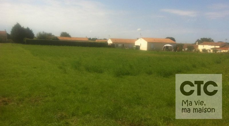 Terrains du constructeur Charentes Techniques Constructions • 1053 m² • BALLON