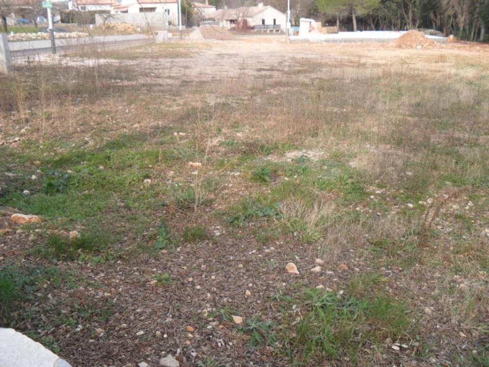 Terrains du constructeur LES MAISONS DE MANON • 681 m² • NIMES