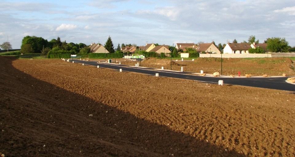 Terrains du constructeur MAISONS FRANCE CONFORT • 325 m² • BREUILLET