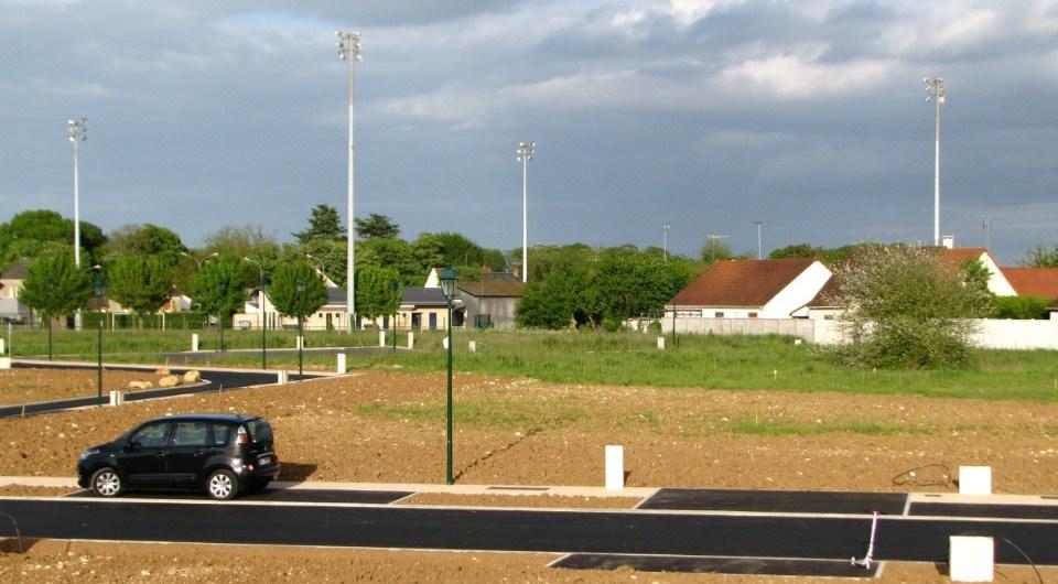Terrains du constructeur MAISONS FRANCE CONFORT • 386 m² • BREUILLET