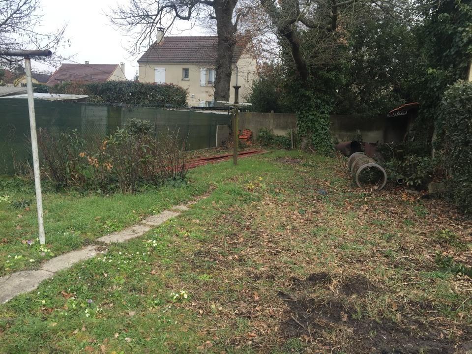 Terrains du constructeur MAISONS FRANCE CONFORT • 540 m² • SAINT CHERON