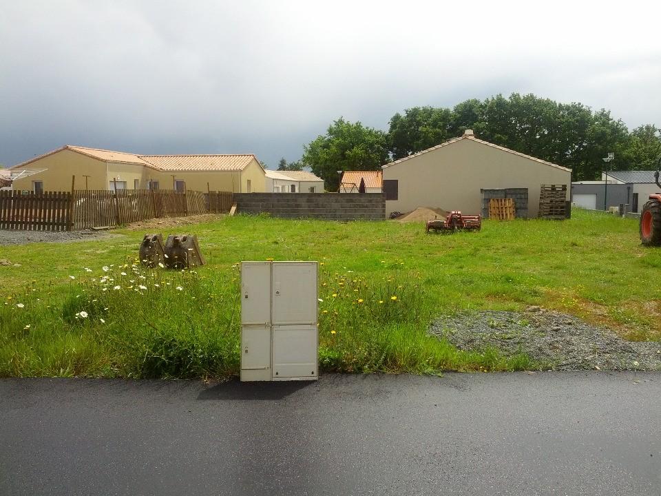 Terrains du constructeur LMP CONSTRUCTEUR • 406 m² • LONGEVILLE SUR MER