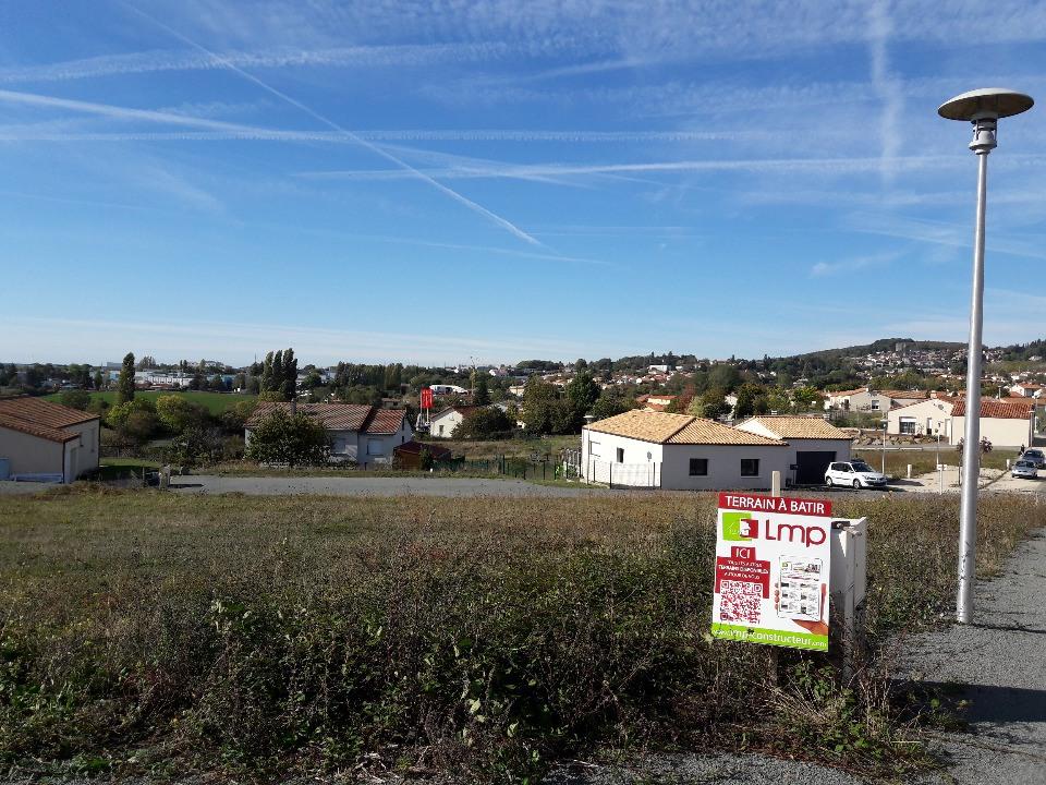 Terrains du constructeur LMP • 624 m² • POUZAUGES