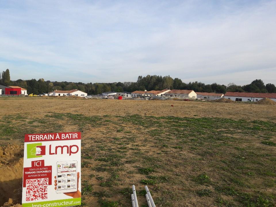 Maisons + Terrains du constructeur LMP CONSTRUCTEUR • 60 m² • MESNARD LA BAROTIERE