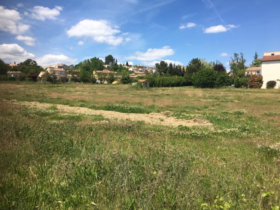 Terrains du constructeur MAISONS FRANCE CONFORT • 307 m² • PIERREVERT