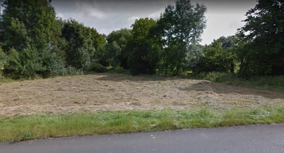 Terrains du constructeur MAISONS BALENCY • 643 m² • SIGNY SIGNETS