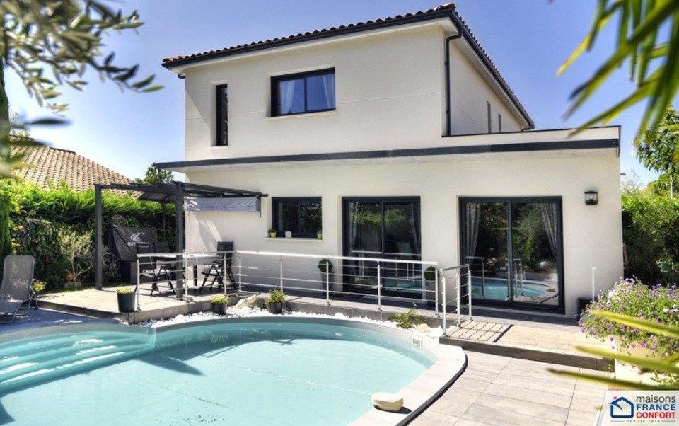 Terrains du constructeur MAISONS FRANCE CONFORT • 710 m² • MARSEILLE 13E