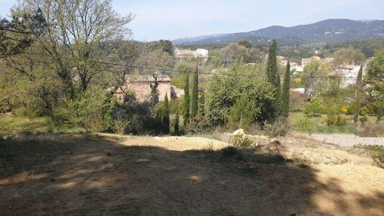 Terrains du constructeur MAISONS FRANCE CONFORT • 320 m² • LAURIS