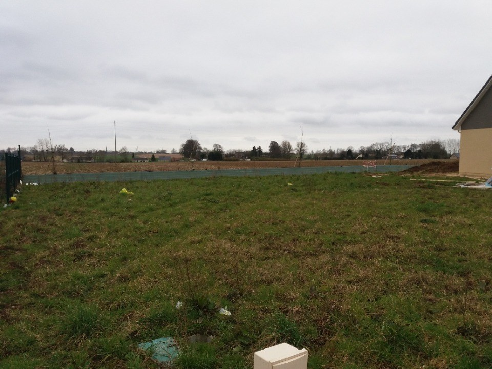 Terrains du constructeur EXTRACO CREATION • 652 m² • LA REMUEE