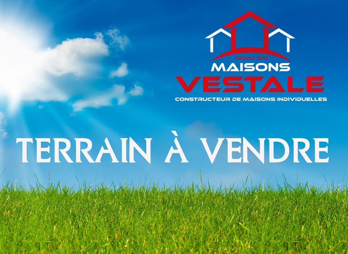 Terrains du constructeur MAISONS VESTALE 02 • 800 m² • SAINT QUENTIN