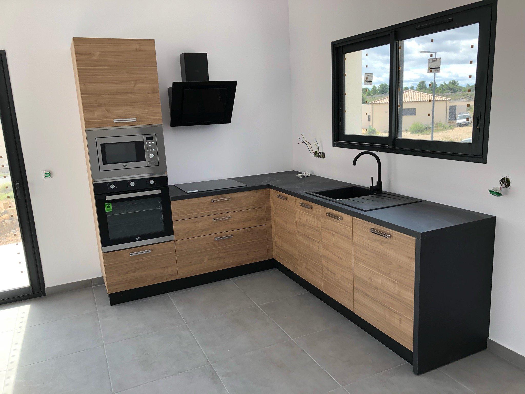 Maisons du constructeur XXL CREATION • 80 m² • SAINT GENIS DES FONTAINES