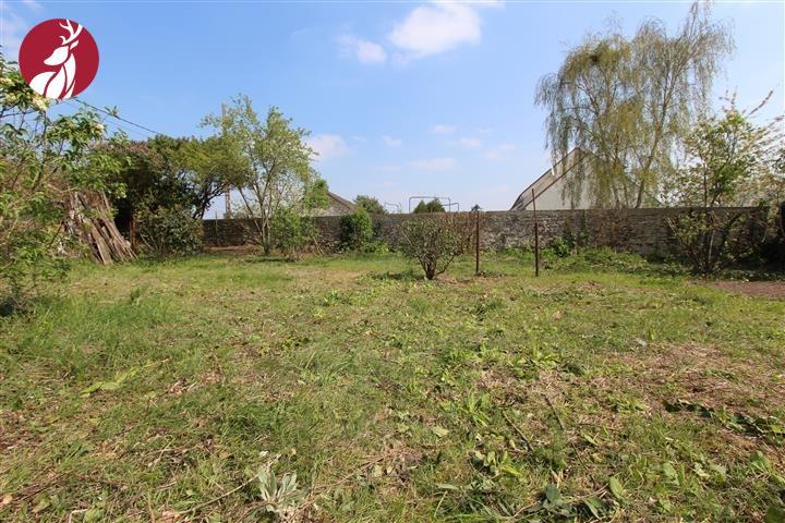 Terrains du constructeur AGENCE SAINT HUBERT • 450 m² • BARBIZON