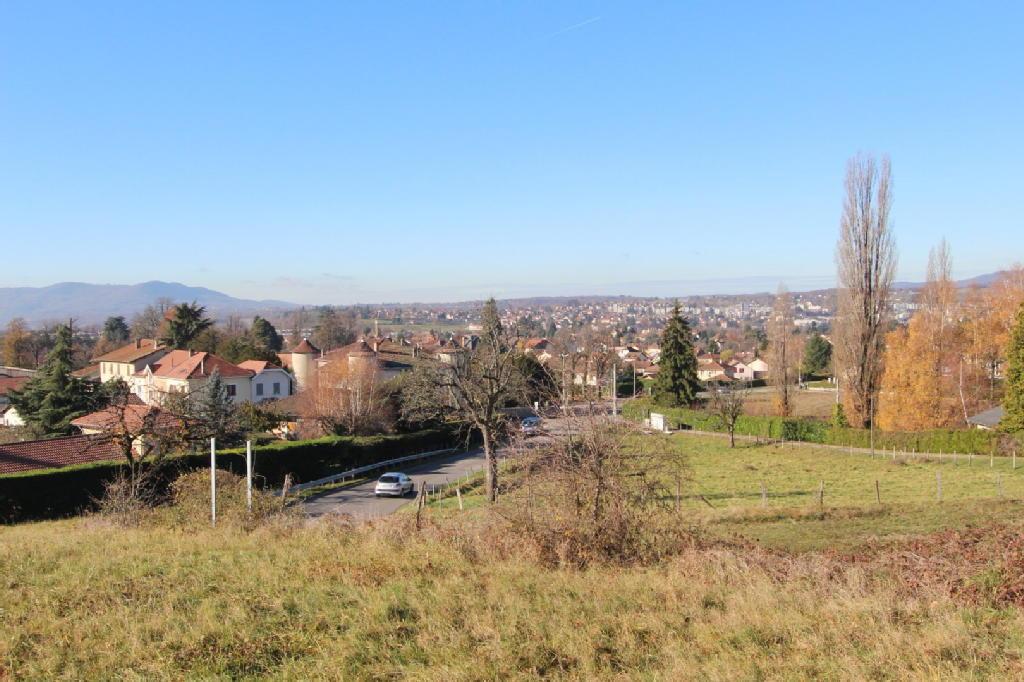 Terrains du constructeur CIMM IMMOBILIER - VOIRON • 2073 m² • COUBLEVIE