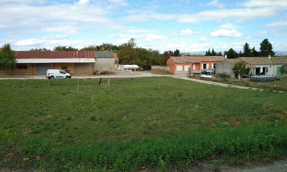 Terrains du constructeur LES MAISONS DE MANON • 590 m² • MAS SAINTES PUELLES