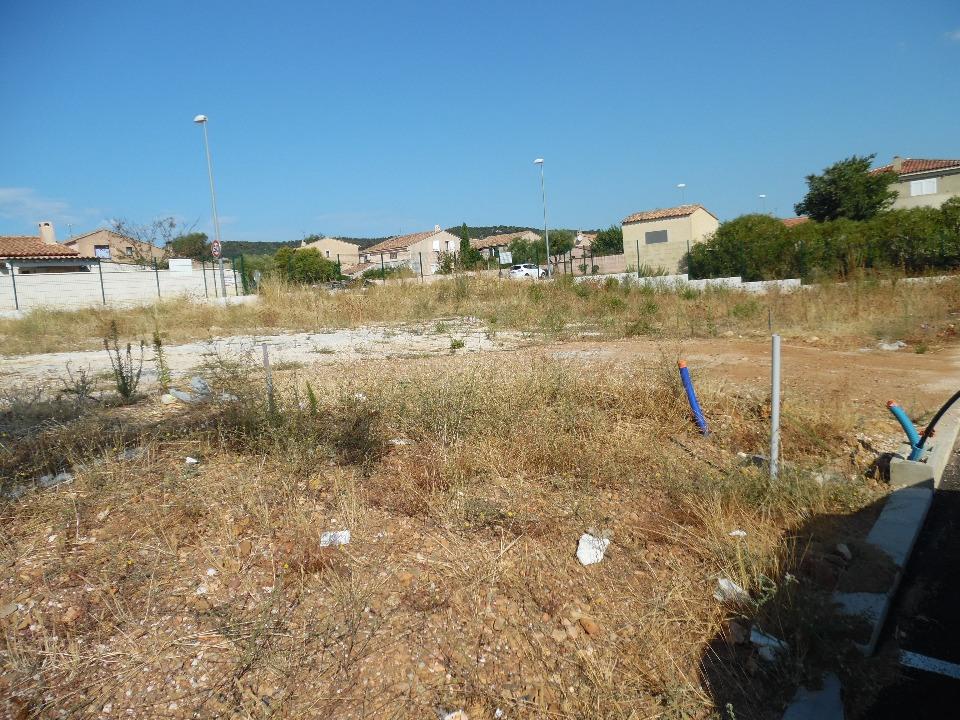 Terrains du constructeur MAISON FRANCE CONFORT • 440 m² • CARPENTRAS