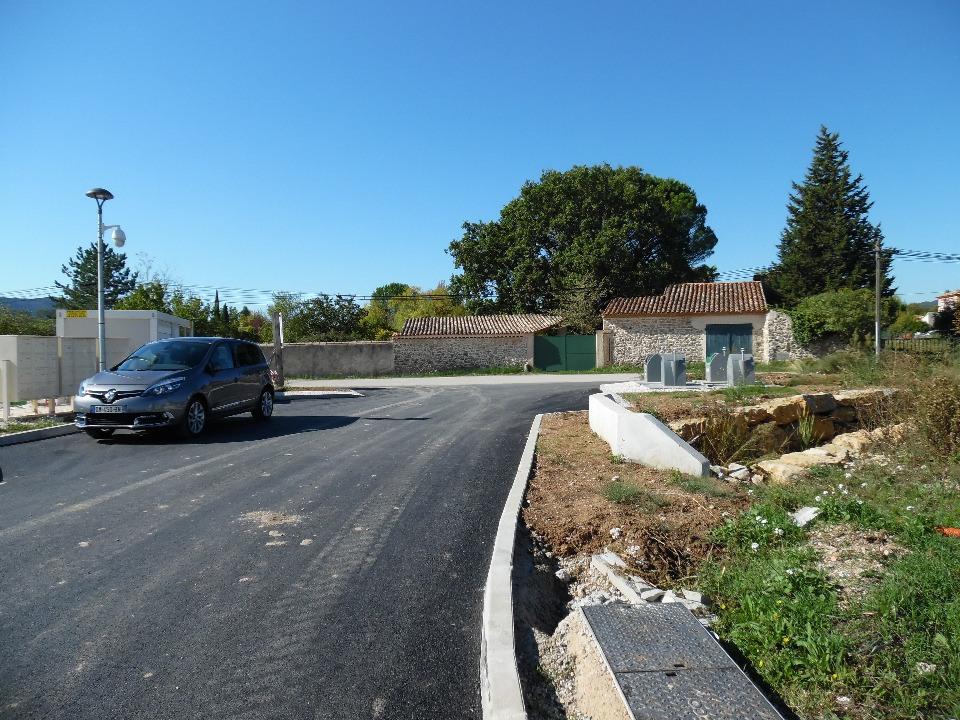 Terrains du constructeur MAISONS FRANCE CONFORT • 345 m² • MORMOIRON