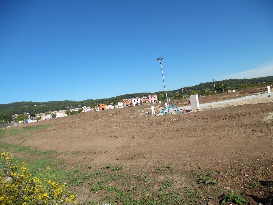 Terrains du constructeur MAISONS FRANCE CONFORT • 530 m² • CHATEAUNEUF DU PAPE