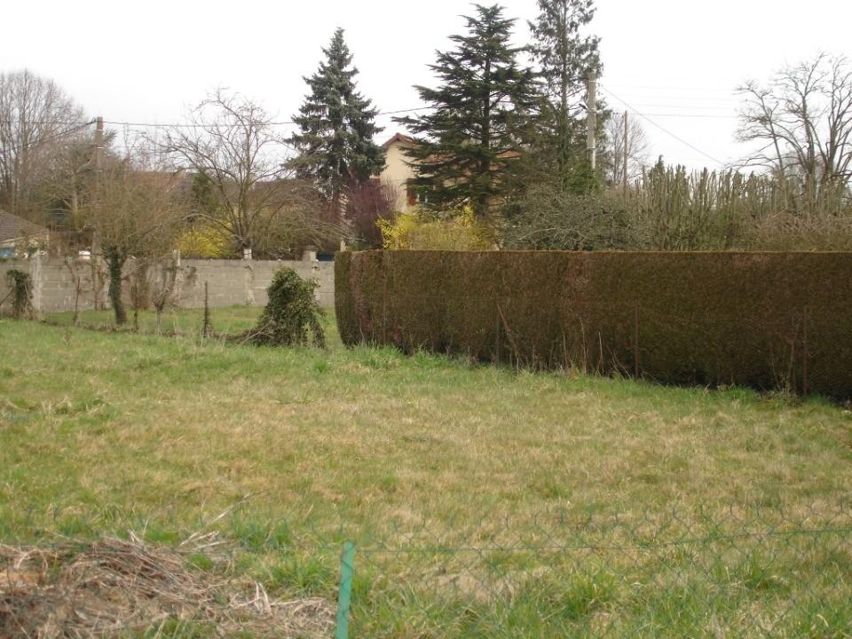 Terrains du constructeur MAISONS FRANCE CONFORT • 672 m² • JOUY LE CHATEL