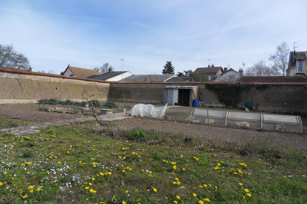 Terrains du constructeur ANOU IMMOBILIER • 888 m² • MAINTENON