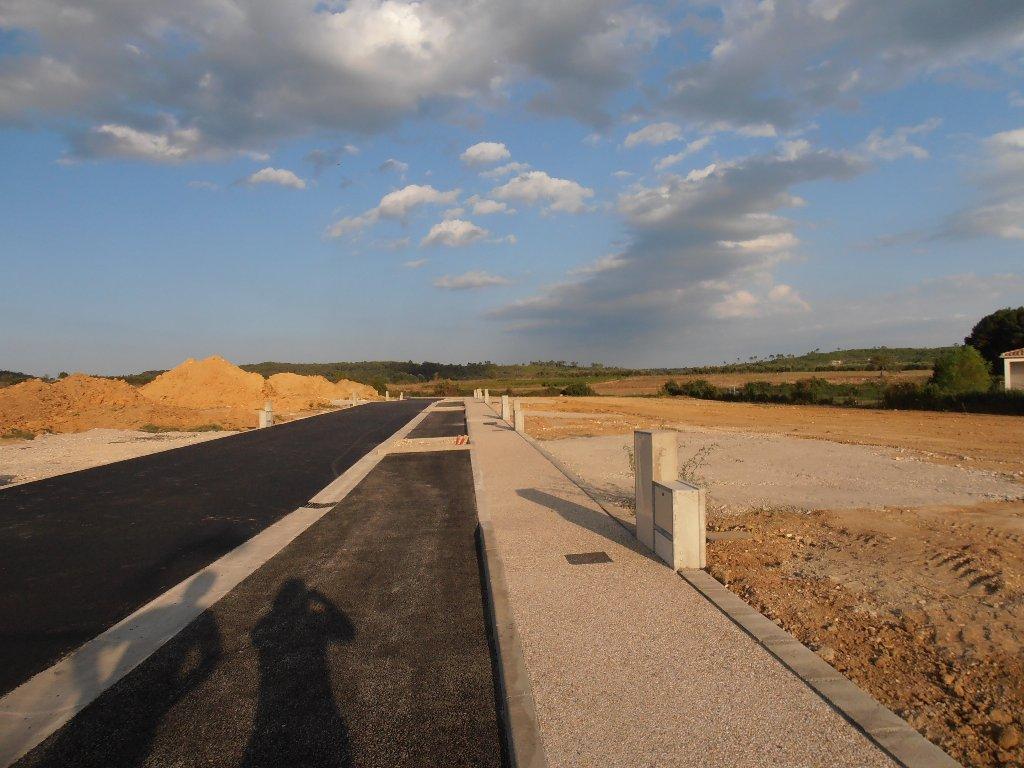 Terrains du constructeur VAUNAGE IMMO • 675 m² • COMBAS