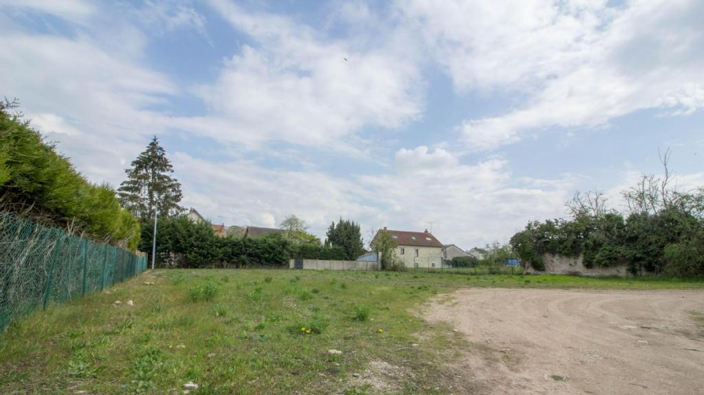 Terrains du constructeur I@D FRANCE • 460 m² • BELLEGARDE