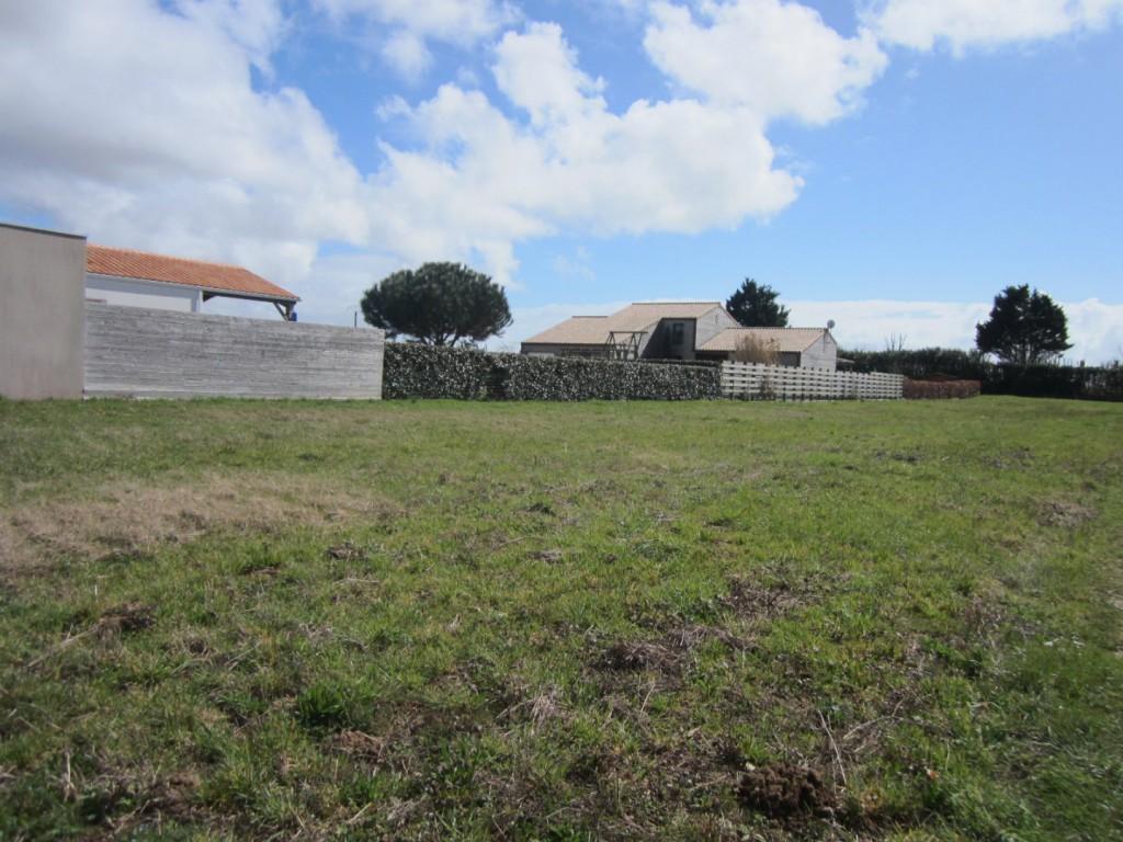Terrains du constructeur A&A   AXO ET ACTIFS • 848 m² • SAINT VINCENT SUR JARD