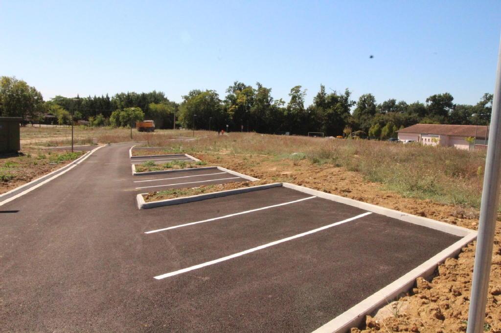 Terrains du constructeur GROUPEMENT IMMOBILIER • 619 m² • REALVILLE