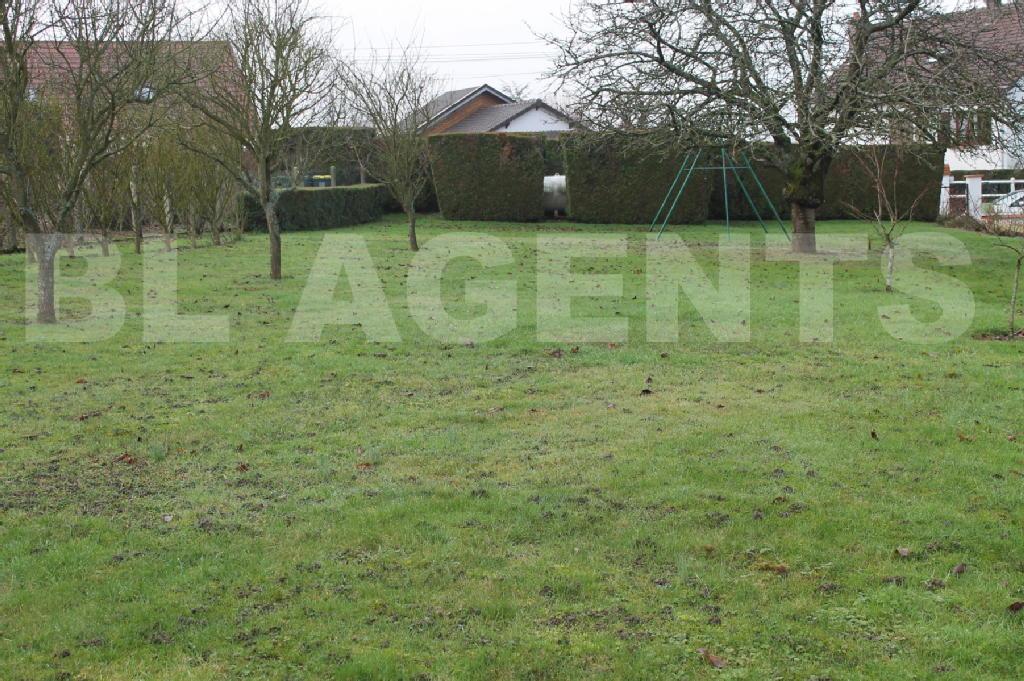 Terrains du constructeur BL AGENTS • 967 m² • SAINT MARTIN DES CHAMPS