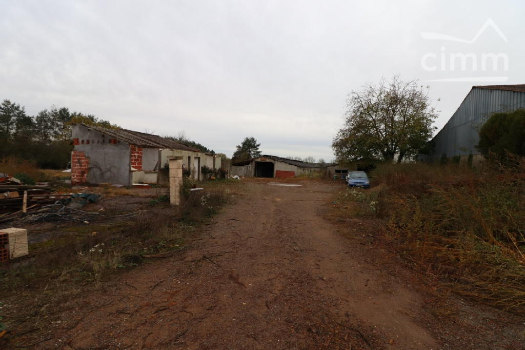 Terrains du constructeur GENLIS IMMO • 3031 m² • VIELVERGE