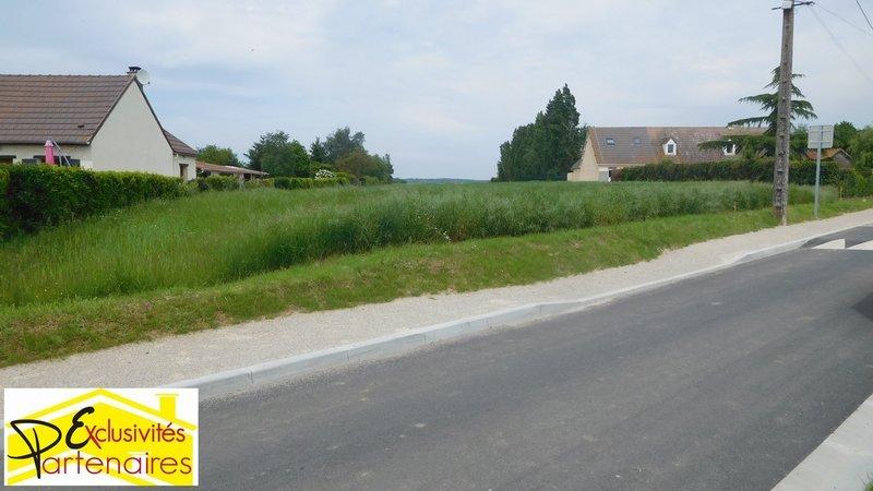 Terrains du constructeur AGENCE LATOUR • 2576 m² • BOUTIGNY PROUAIS