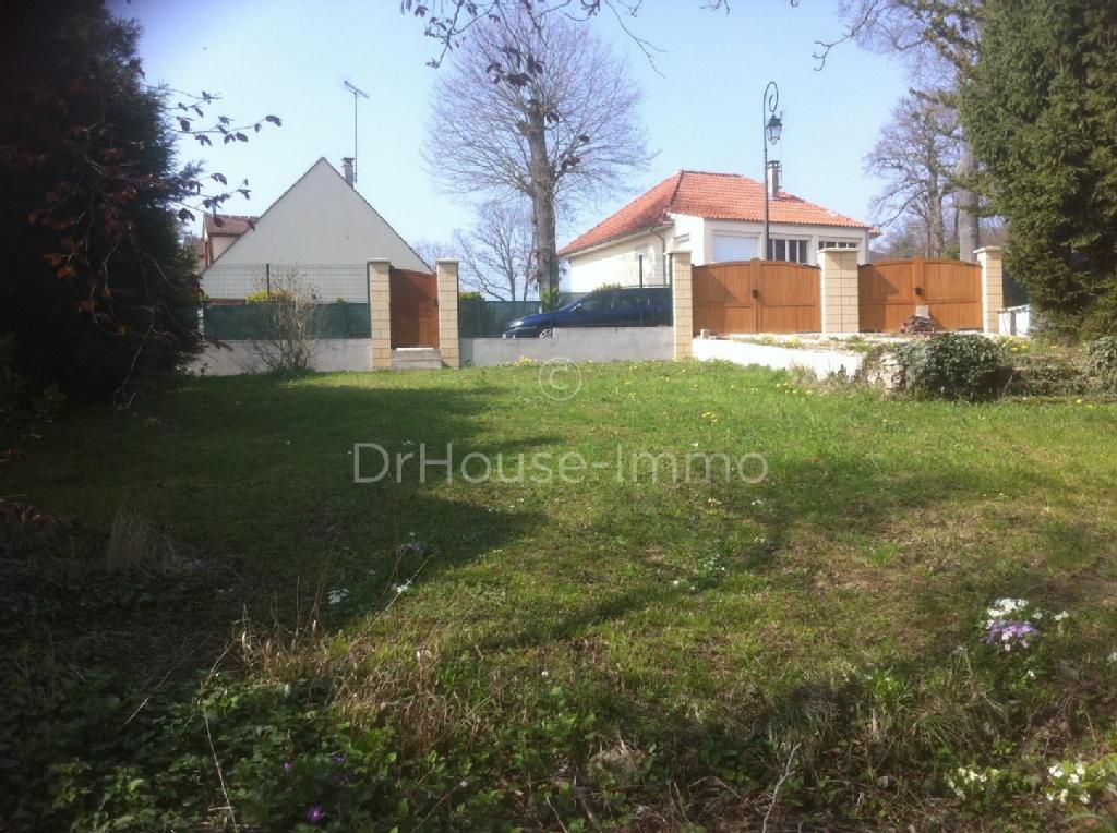 Terrains du constructeur DR HOUSE IMMO • 780 m² • VARENNES JARCY