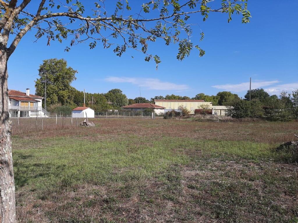 Terrains du constructeur L AGENCE IMMO SOUAL • 1740 m² • VIELMUR SUR AGOUT