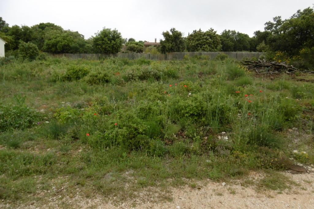 Terrains du constructeur RESEAU EXPERTIMO • 900 m² • SAINT SATURNIN LES APT