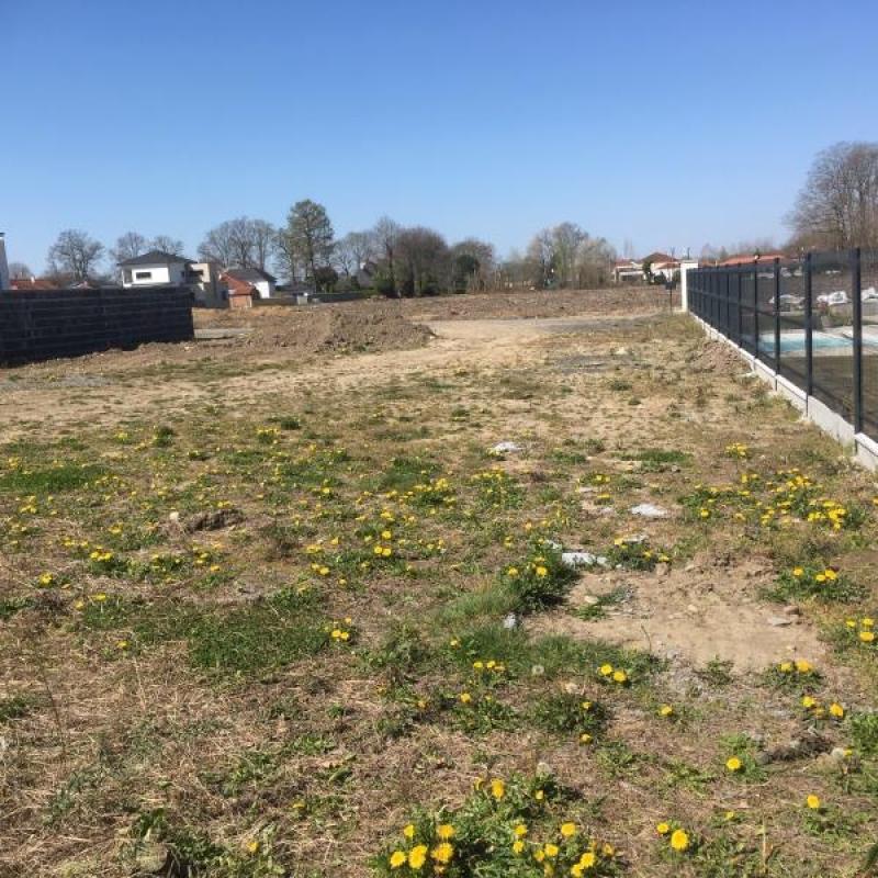 Terrains du constructeur SARL CPC INVEST • 823 m² • SENDETS