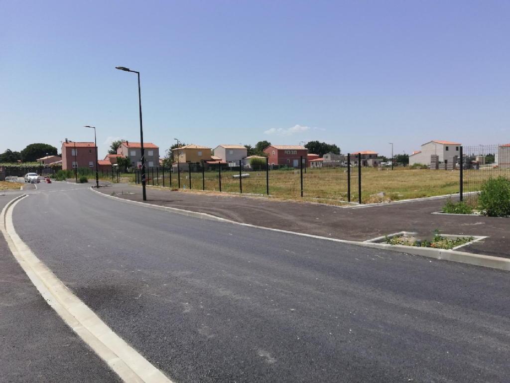 Terrains du constructeur MARCEL FOINNEAU IMMOBILIER • 943 m² • VILLELONGUE DE LA SALANQUE